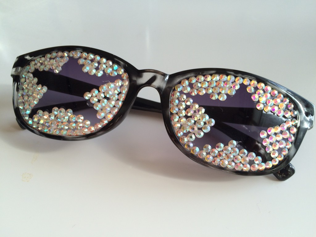 ブーツィのサングラス、完成!